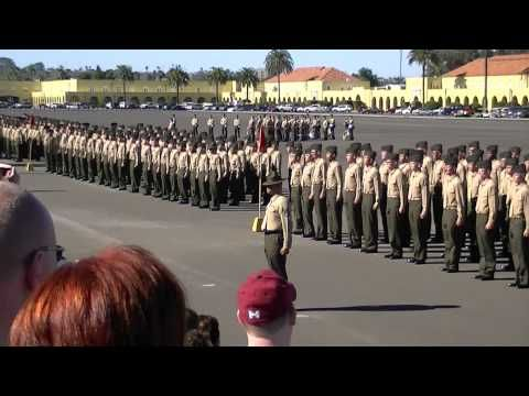 USMC Cadence MCRD San Diego Marching 12-2012 - YouTube