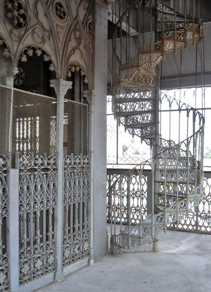 Santa Justa Lift, Lisbon, Portugal - Travel Photos by Galen R Frysinger, Sheboygan, Wisconsin
