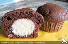Schoko - Muffins mit Kokos - Herz (bereits gemacht)