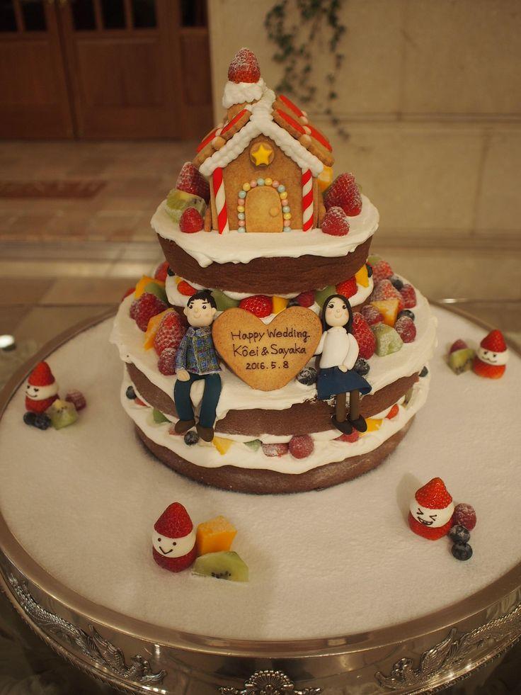 クリームが今にもこぼれそうな『ネイキッドケーキ』 お菓子の家も飾った夢の詰まったケーキです。