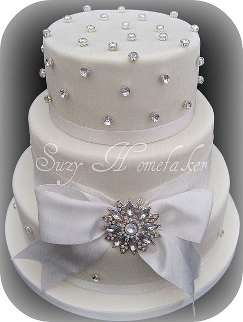 Edible Diamonds Wedding Cake Photo Only No Suitable Link