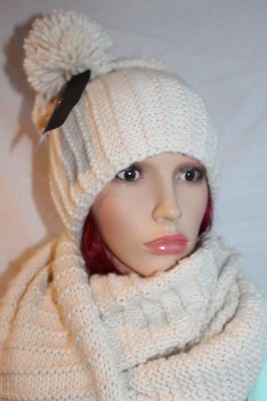 ZARA CREAM BOBBLE HAT BEANIE ONE SIZE REF 1323/209
