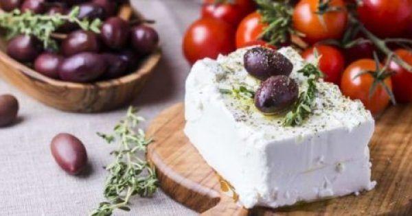 Άρρηκτα συνδεδεμένη με την ελληνική γαστρονομία και το τραπέζι της οικογένειας, η φέτα, το εθνικό παραδοσιακό προϊόν που ξετρελαίνει μικρούς και μεγάλους,