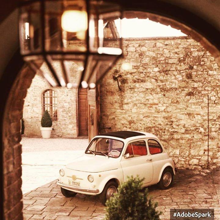 Bellezze italiane ( by Simobutterfly su Tumblr) http://ift.tt/1lxIEna #vintagestyle #fiat500nelmondo #cinquecento #italy #italianstyle