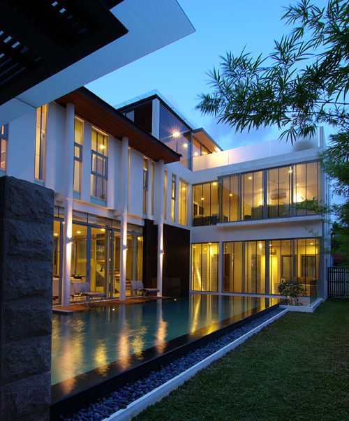 Akta architects i have very opposing likes in design i for Tropical minimalist house design