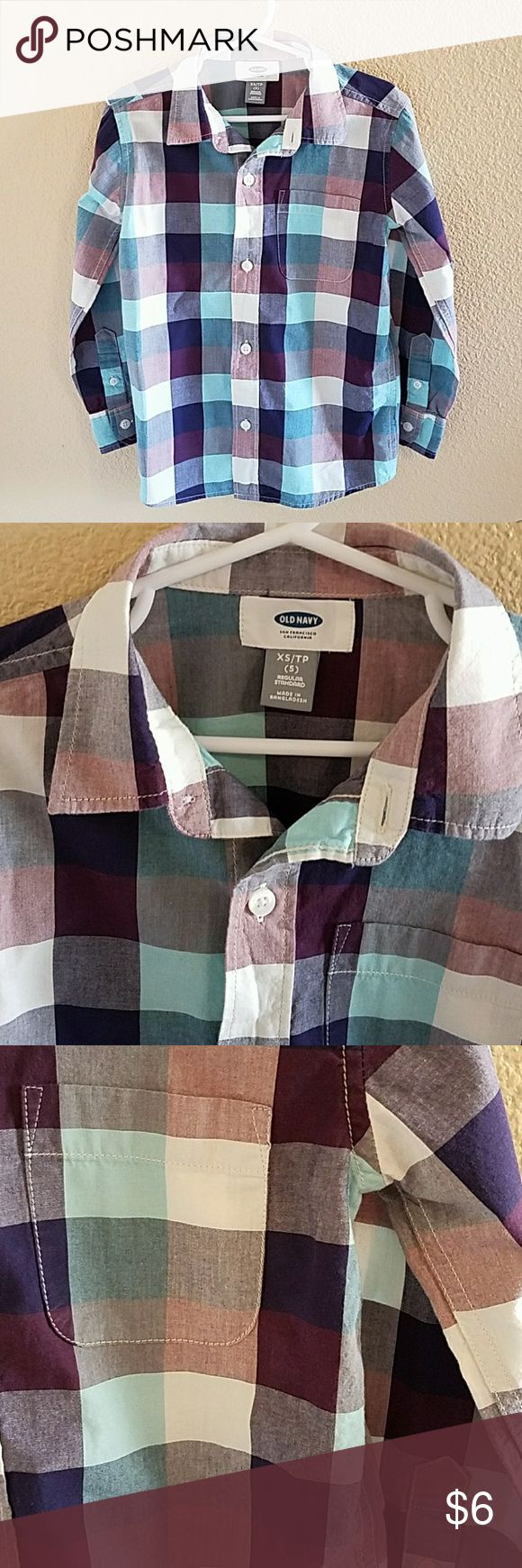 Old Navy Button Up Shirt Size 5 Handsome Old Navy Button Up Shirt size 5 Colors of Navy Blue, White, Maroon, and Baby Blue Excellent condition worn twice Old Navy Shirts & Tops