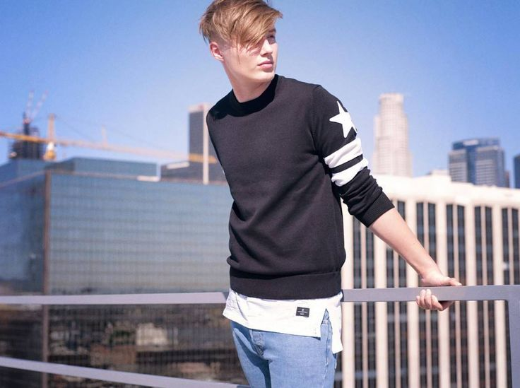 Apex Photo Studios in Downtown Los Angeles - Catie Laffoon Photography captures Isac Elliot on our Rooftop A, male, model, roof, clothing, photoshoot, city, skyline, daylight