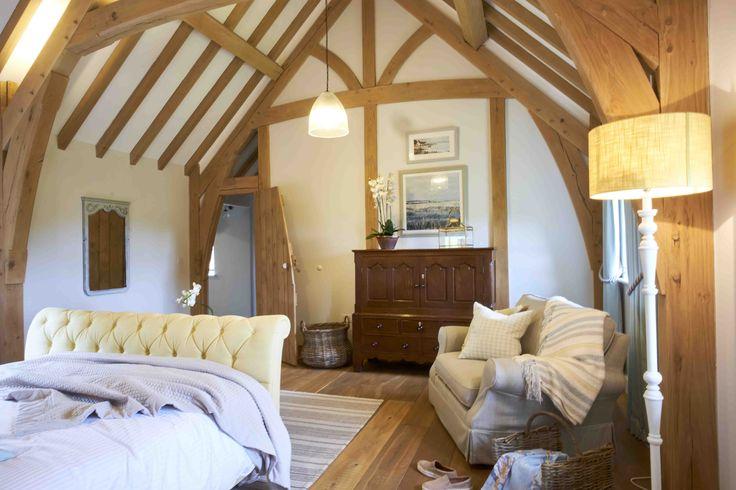 Bedroom full of oak. #sweet-dreams #oak #bedroom #bedroom-goals #goals #cottage #stone #truss #purlin #greenoak