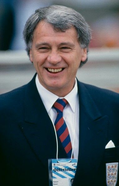 BOBBY ROBSON ENGLAND MANAGER