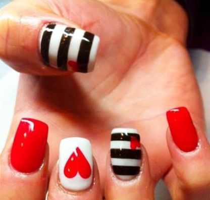 Shellac nails hearts stripes