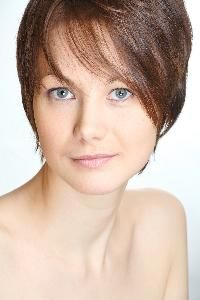 Peinados lindos para cabellos cortos para mujeres de mediana edad. | eHow en Español