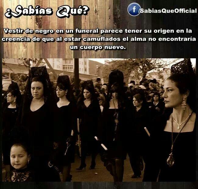 Razones de vestir de negro