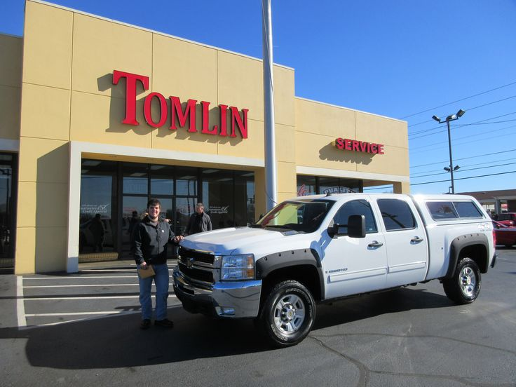 Nick Hoffman just bought this 2009 Chevy Silverado HD!!! Thank you for choosing TOMLINAUTOMOTIVE