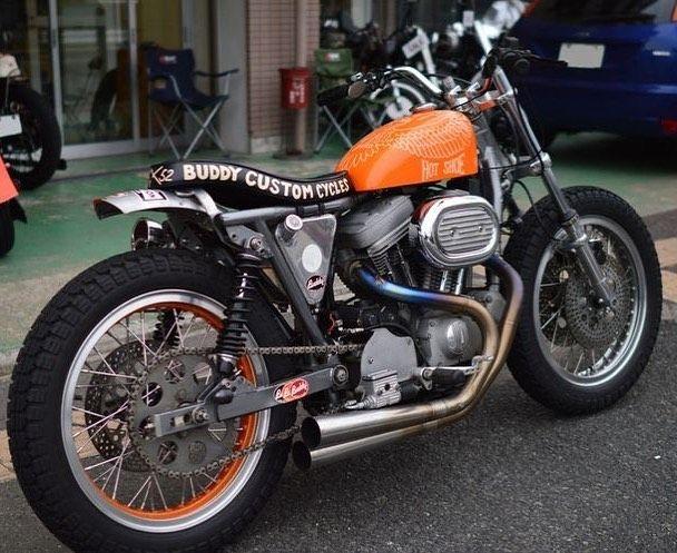 Flat Trackers For Sale On Instagram Rad Evo From Buddycustomcycles Flattrack Flatt Custom Cycles Harley Davidson Sportster Harley Bikes