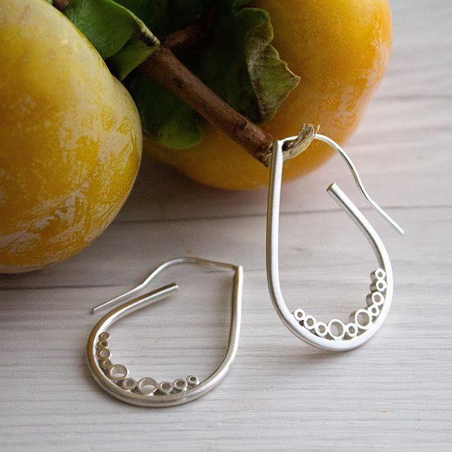 Silver medium tear bubble drop earrings