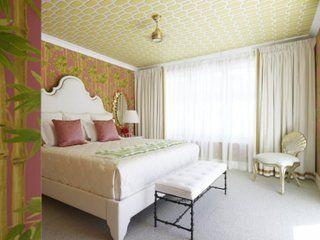 Dormitor cu tavan cu tapet.. o super idee
