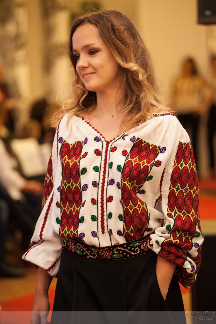 #fashion #style #romania #brand #romanian #motifs #spring #summer #colorful #flowers #handmade #design #unique #inspiration #special #modern #embroidery #ieromaneasca #lablouseroumaine