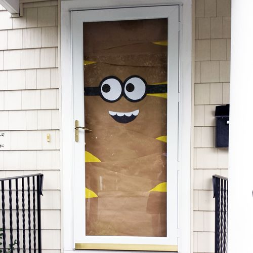 1000+ ideas about Minion Door on Pinterest  Minion door  ~ 111043_Halloween Zaag Door Hoofd