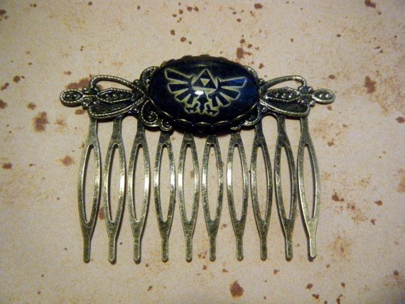 Legend of Zelda Hylian Crest Vintage Hair Comb