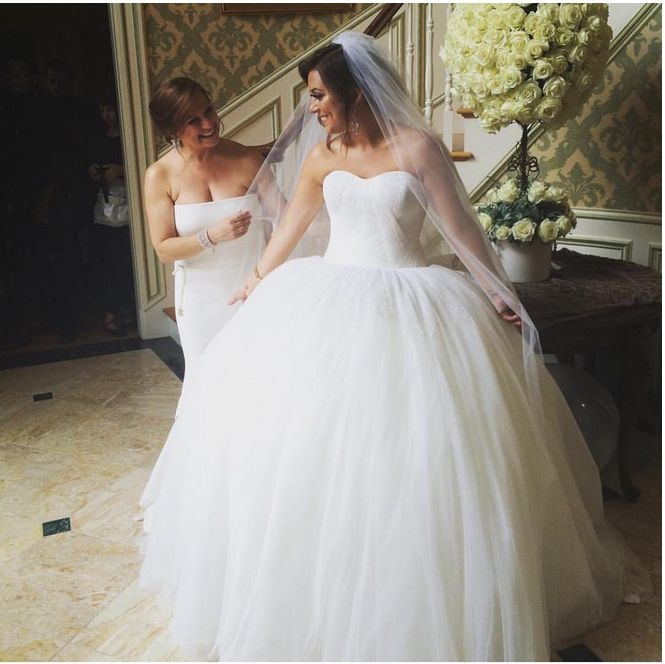 Caroline Manzo sure knows how to throw a gorgeous wedding. Click to see even more photos from Lauren Manzo's picture-perfect day.
