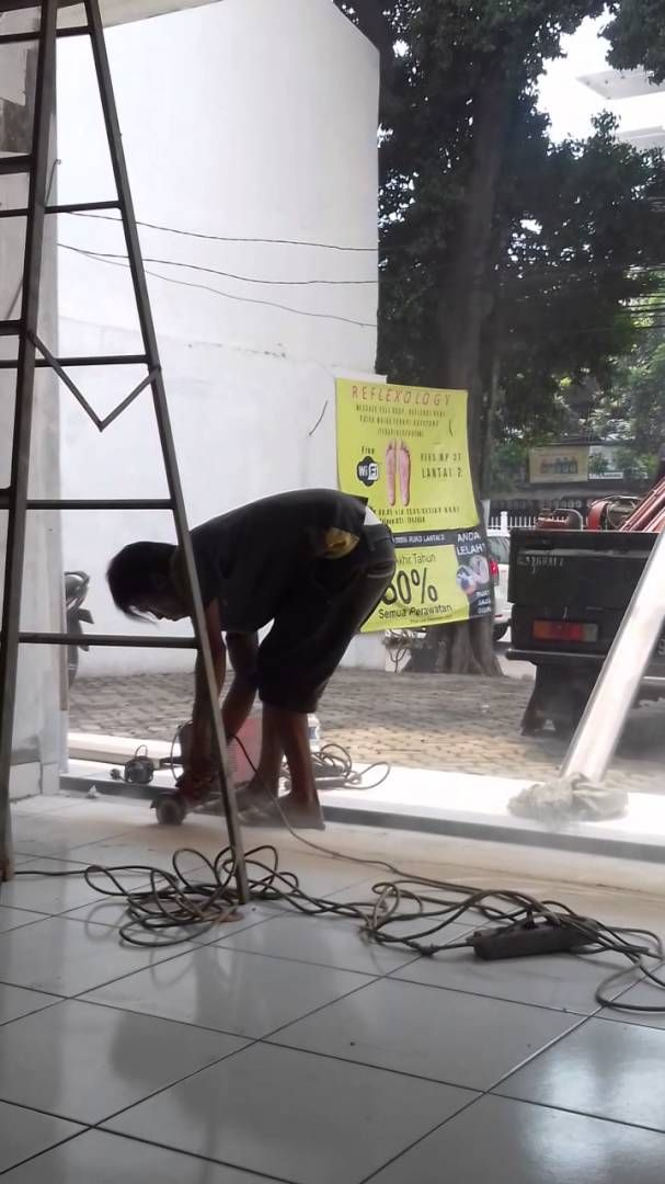 Tukang service folding gate murah 081287053201
