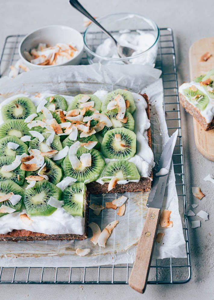 Bananen Brood Met Kiwi En Kokosyoghurt Uit Pauline S Keuken Recept Bananenbrood Recepten Bananenbrood Ontbijtrecepten
