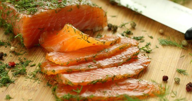 Encore un grand classique des fêtes de fin d'année aujourd'hui, le saumon. C'est un produit festif, dont les ventes explosent en ce momen...