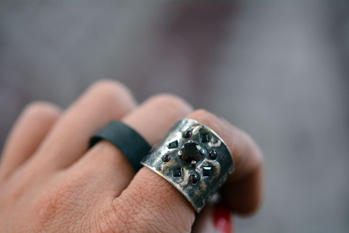 VRjewelry silver ring