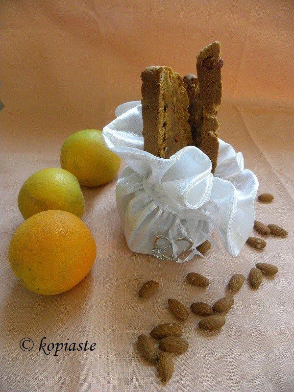 Nistisima Ladokouloura Portokaliou (Vegan Orange Olive oil biscotti)
