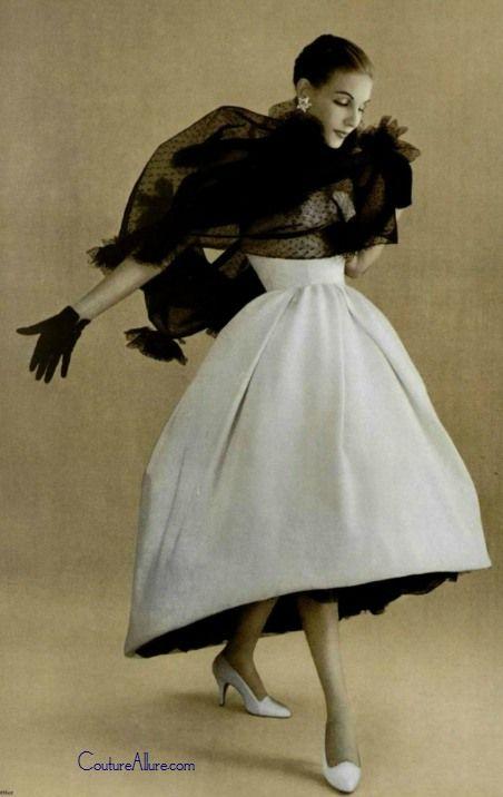 Givenchy, 1957