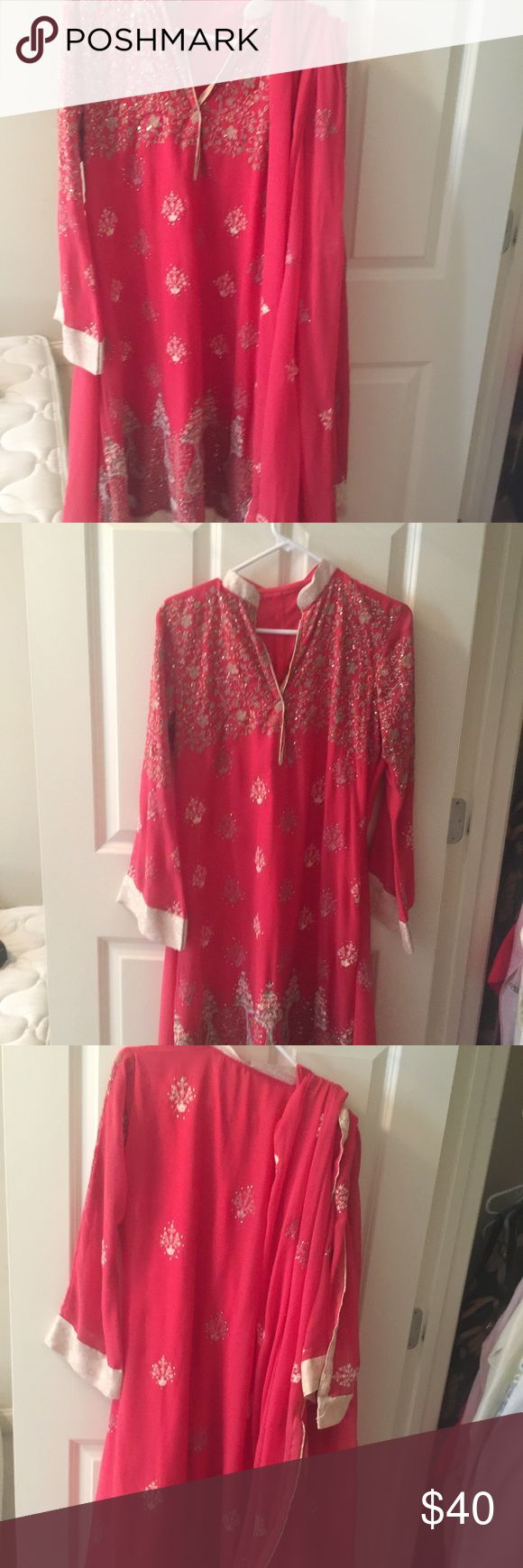 Beautiful Pakistani dress Willing to give decent price Dresses Long Sleeve