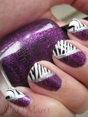 maybe how i could do one of my nails for prom