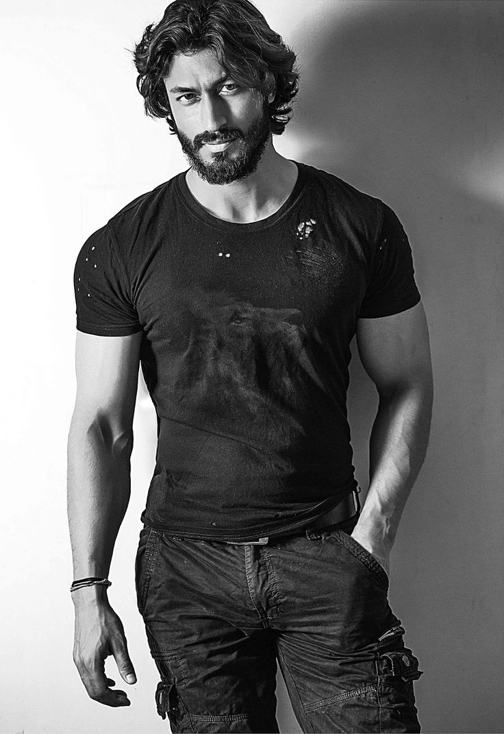 Bollywood, Tollywood & Más: Vidyut Jamwal Renascence
