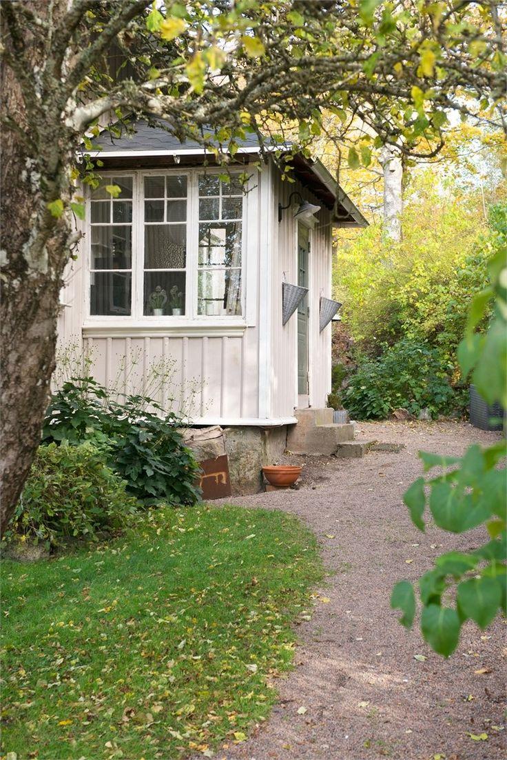 Trampolinvägen 5, Herrestad, Uddevalla - Fastighetsförmedlingen för dig som ska byta bostad