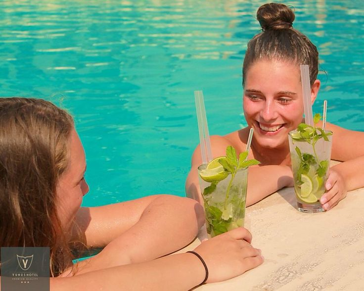 Cheers to the new week! Stop by Yunus Hotel for fun in the sun & chill vibes all week long. www.yunushotel.com.tr