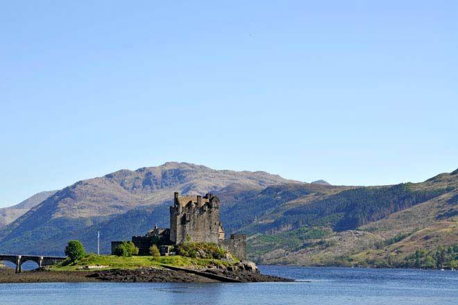 De carro alugado pelas Terras Altas da Escócia, passámos por Stirling e Fort William, o vale Glen Nevis e o castelo Eilean Donan, a ilha Skye e Inverness.