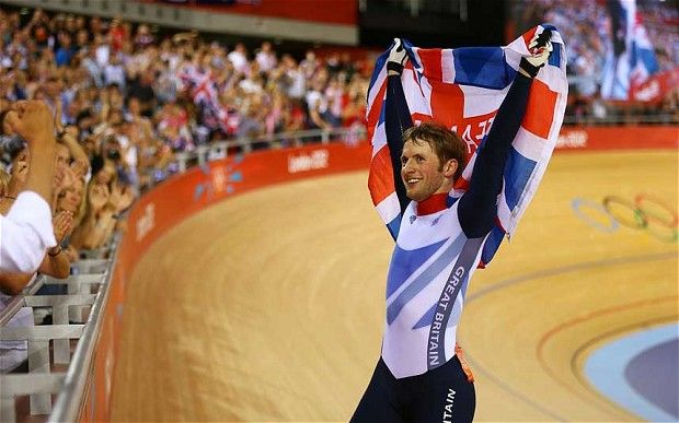 Jason Kenny wins gold in men's sprint
