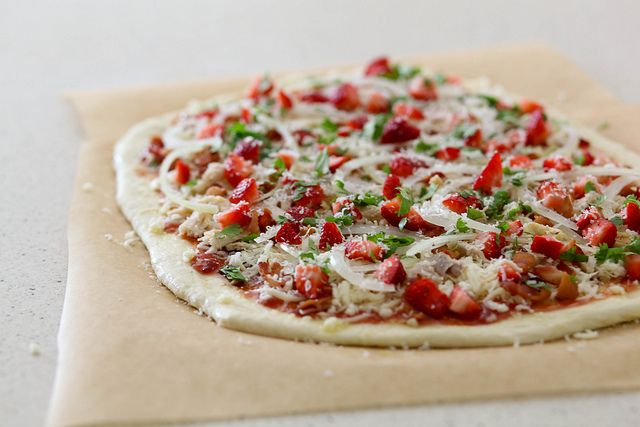 strawberry balsamic bacon pizza.  Is it just me or does it sound weirdly amazing?