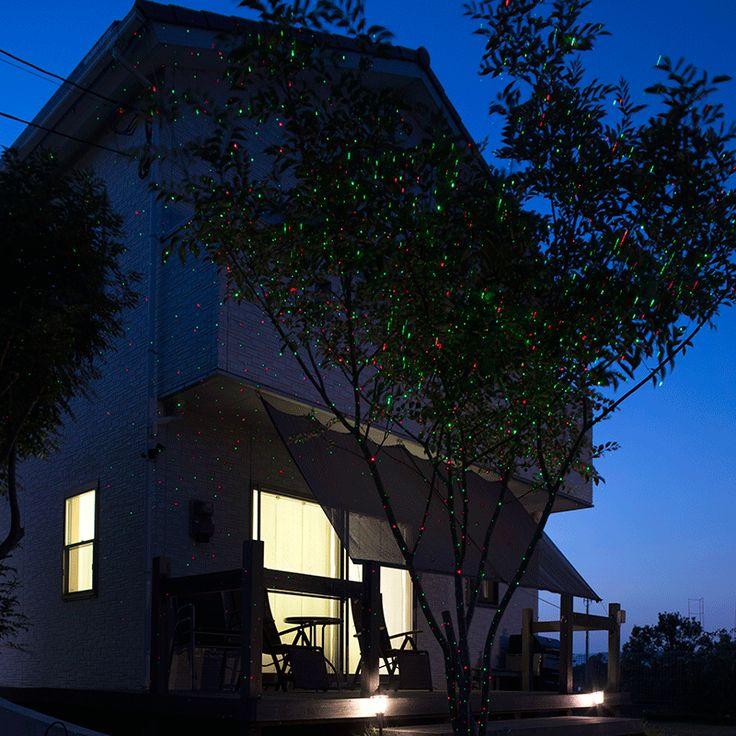 ローボルト ガーデンスターダストレーザーライト レッド&グリーン ガーデンライト/デコレーション照明/ローボルトイルミネーション/プロジェクター 一つのライトで広範囲に光の点を映し出すレーザーライト  商品コード43107600 ポイント54 型番 :LLS-01 JANコード :4975149431076 材質 :ABS樹脂、ポリプロピレン、アルミニウム 幅 :約12.6cm 奥行 :約10.6cm 高さ :約12.2cm 重量 :約0.4kg 備考 :●使用環境:屋外/屋内 ●コード全長:約3.0m ●LED色:レッド/グリーン ●LED数:各1球 ●消費電力※LED部のみ:約1W ●地中杭高さ:155mm ●AC/DCアダプター 定格1次 AC100V 50/60Hz 定格2次電圧DC 4.5V 1.33A 最大ワット数6W ●レーザー クラス2