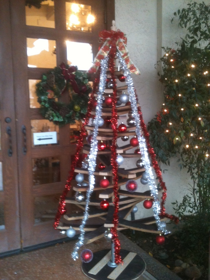 Tree all decorated at Modavi Woodbridge Winery.