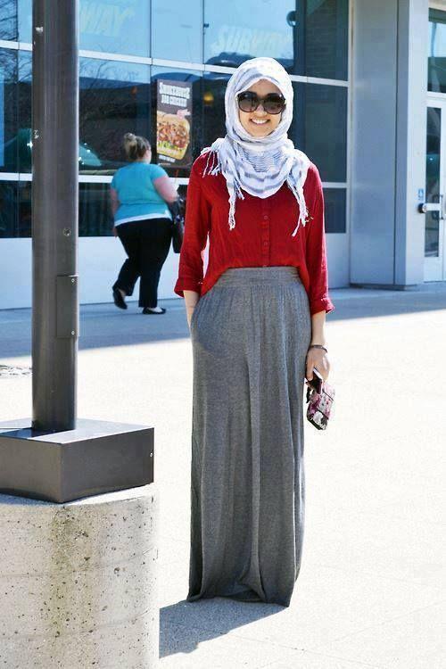 skirt grey winter hijab, Street styles hijab looks http://www.justtrendygirls.com/street-styles-hijab-looks/