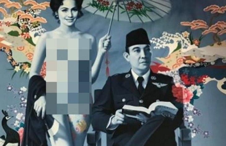 Foto Realis Lukisan Dewi Soekarno Tanpa Busana Menuai Kontroversi