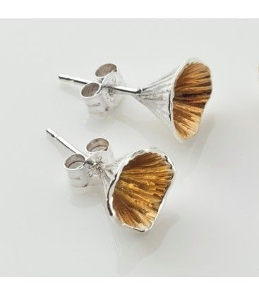 Shell Cone small stud earrings