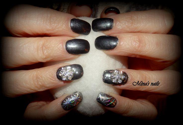 Christmas nails!!!!!! <3