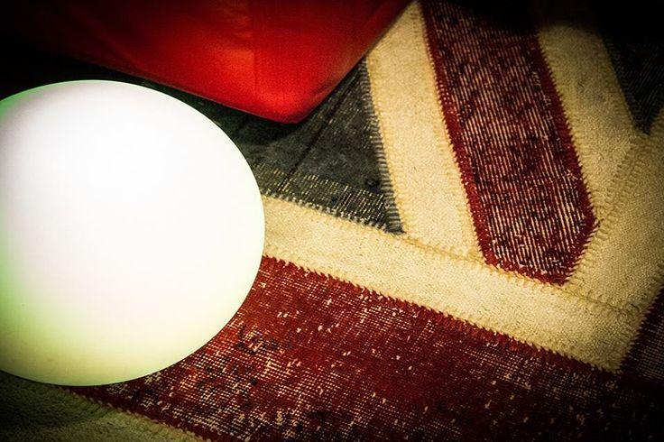 Lamp Flatball by Smart&Green and carpet by Matteo Pala