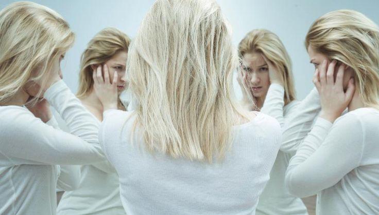 8 признаков пограничного расстройства личности http://www.sncmedia.ru/psycho/8-priznakov-pogranichnogo-rasstroystva-lichnosti/  Если вы думаете, что это – очередной «модный» диагноз, то зря. Это довольно неприятная вещь, жить с которой (или с человеком, у которого оно есть) бывает очень сложно. Как проявляется пограничное расстройство личности (вдруг оно и у вас есть?) и что с этим делать – рассказываем.
