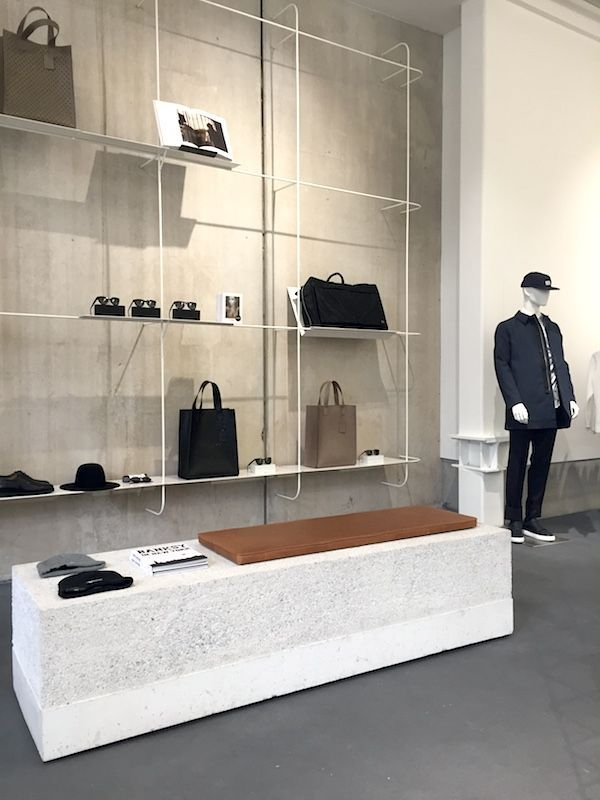 ETQ Amsterdam | Concrete and fashion in an Amsterdam store