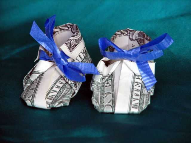 Origami Baby Shoes Out Of Dollar Bill