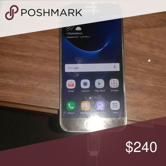 Smartphone Samsung's Galaxy S7 Gold , Works Very Good Golden Goose Other