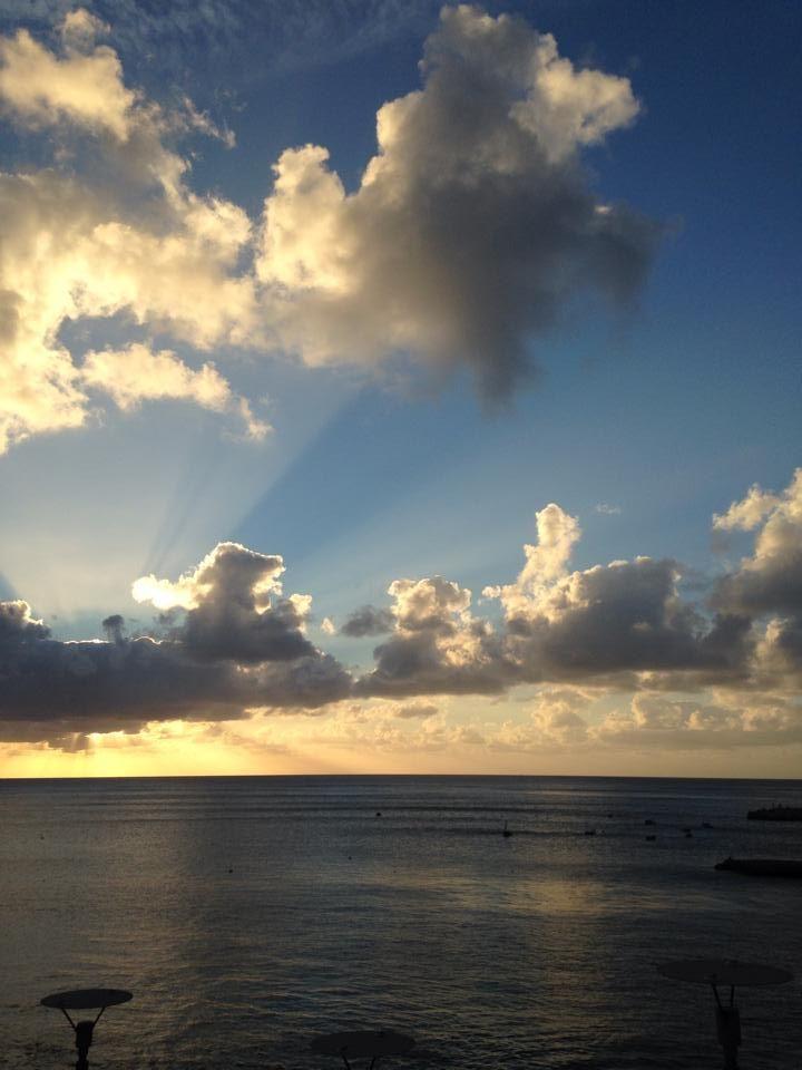 La luz sobre el mar